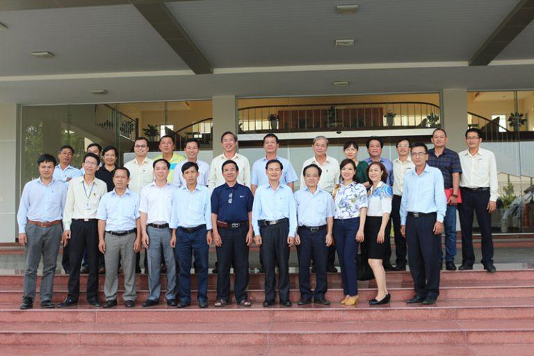 Đoàn lãnh đạo, cán bộ DRC đến thăm và làm việc tại Khu Phức Hợp Chu Lai – Trường Hải (3/8/2016)